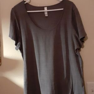 LULAROE 2X TEXTURED GRAY SHIRT